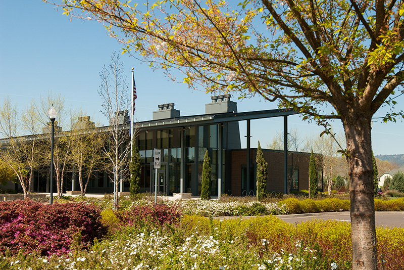 Trees and landscaping at Newberg Center