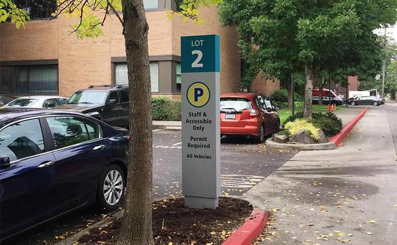 Parking information sign