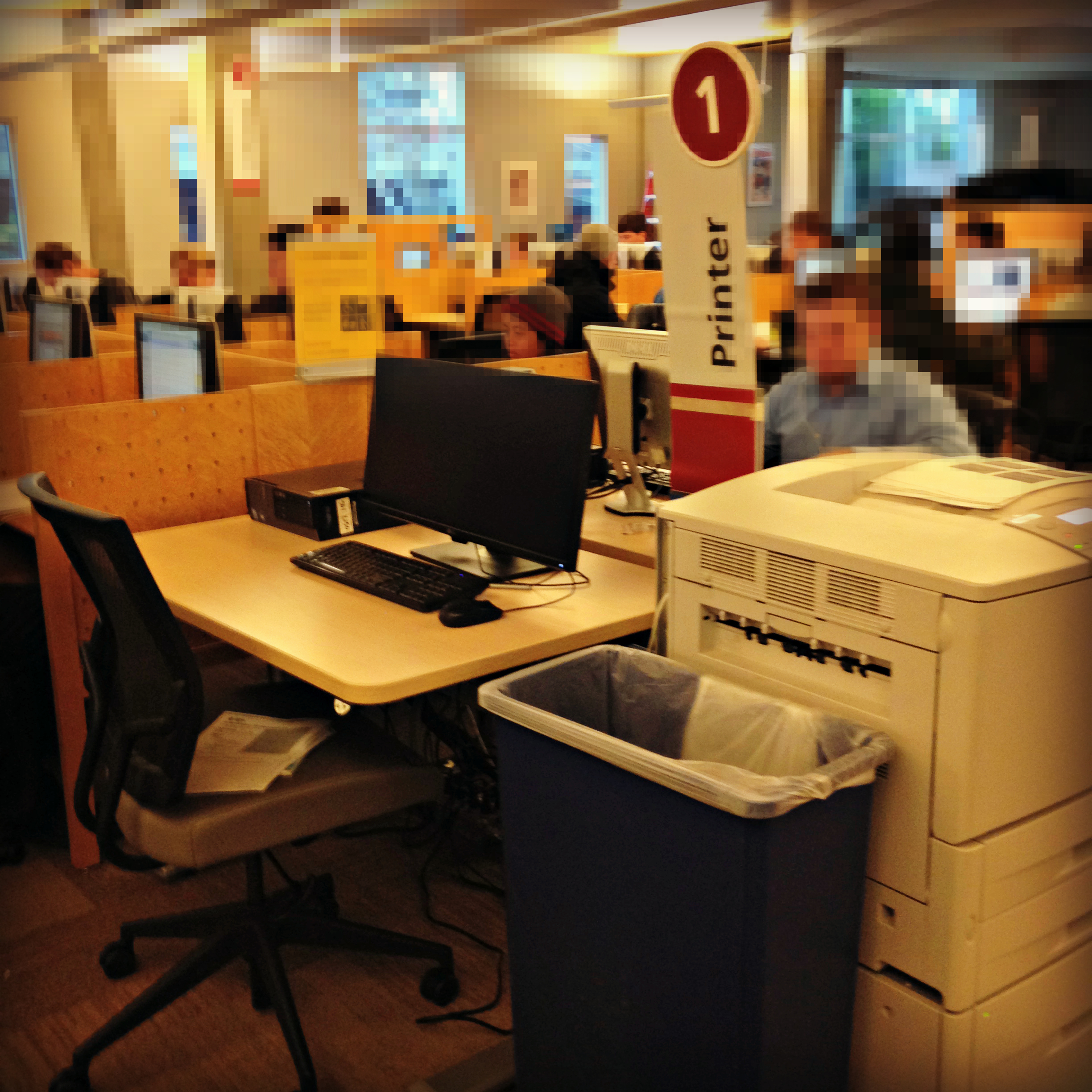 The Accessible Computer Station Is Adjacent To Printer Number 1 In The  Sylvania Library Computer Lab