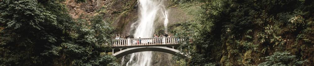 Multnomah Falls, Portland by Caleb Jones (Unsplash.com)