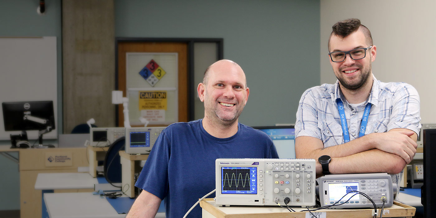 Mike Campbell and Korey Theberge in ET lab.