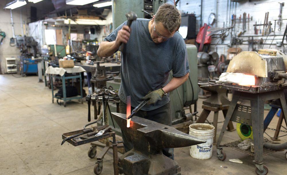 Arnon Kartmazov working on hot metal.