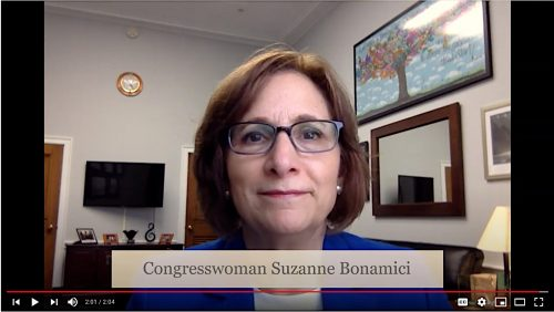 Congresswoman Bonamici presents to students via video.