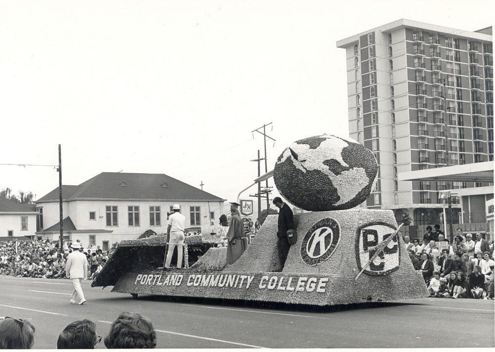 PCC float