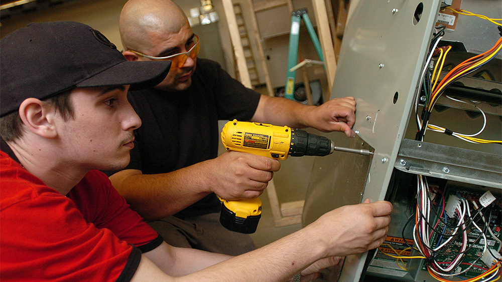 Electrician Apprenticeship Technology, associate degree ...