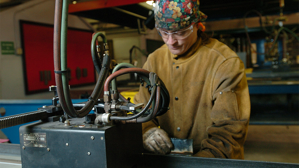 Student in the welding shop