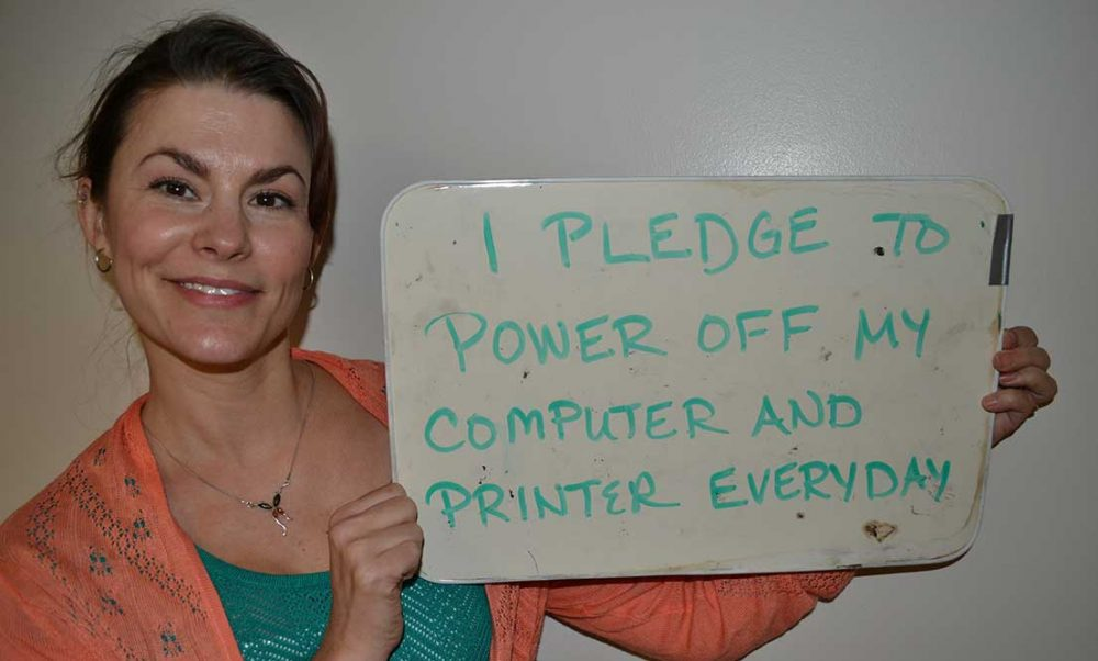 Pledge to power off computer and printer